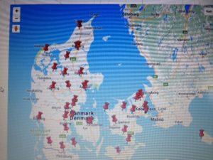 Danmarkskort med knappenåle over synscentraler